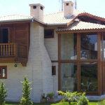 mansão de madeira 150x150 - Casas de Madeira