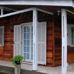 casa de madeira pre fabricada 150x150 - Empresas que constroem casas pré-moldadas de madeira