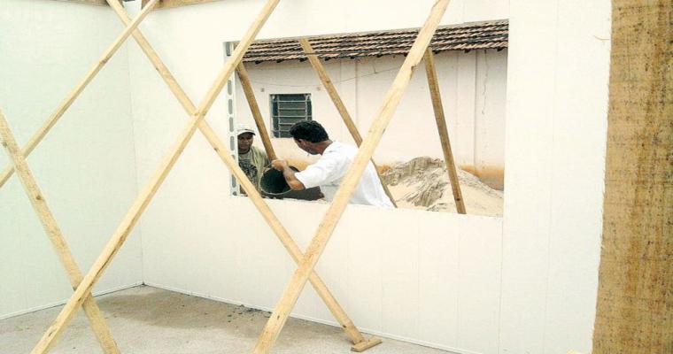 mini Casa de concreto PVC 061111 - Casa de PVC que é montada em somente uma semana